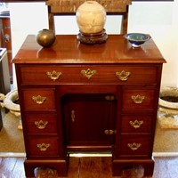 Mahogany Kneehole Desk. 18thc.