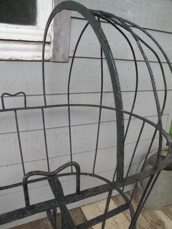 Cradle Wrought Iron Blacksmith made c. 1880-fleet-gallery-french-country-antiques-027-main-637239315426310451-large-main-637271456014085976.JPG
