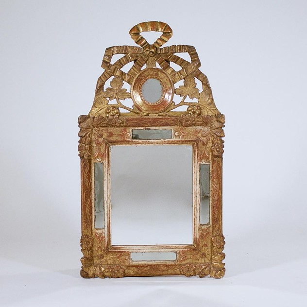 A Louis XVI carved giltwood mirror-foster-and-gane-16237948768996035543_main_636299253417955247.jpg