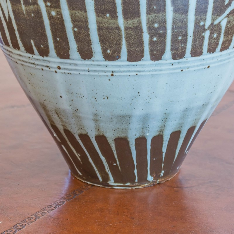 A large studio pottery vase by Tony Dasent-foster-and-gane-dasent4-main-636940532638457547.jpg