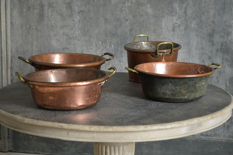 A collection of large 18th century copper pans-french-loft-D1854.B-main-636605483913297459.jpg