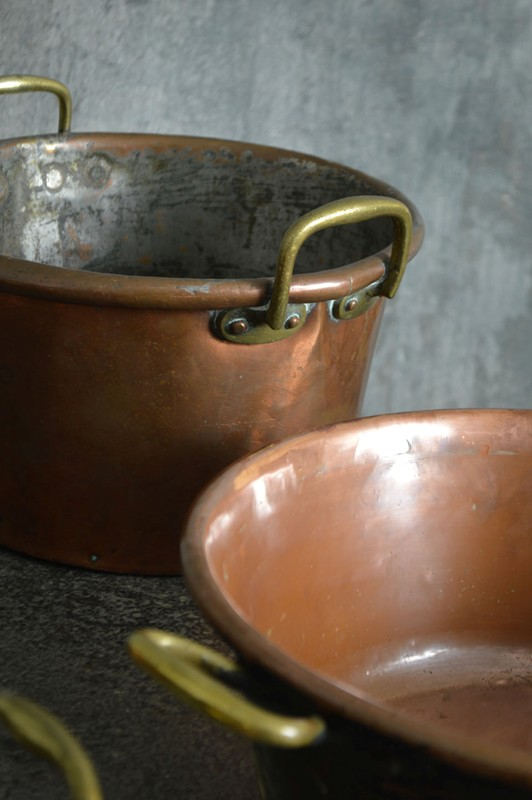 A collection of large 18th century copper pans-french-loft-D1854.D-main-636605484331554907.jpg
