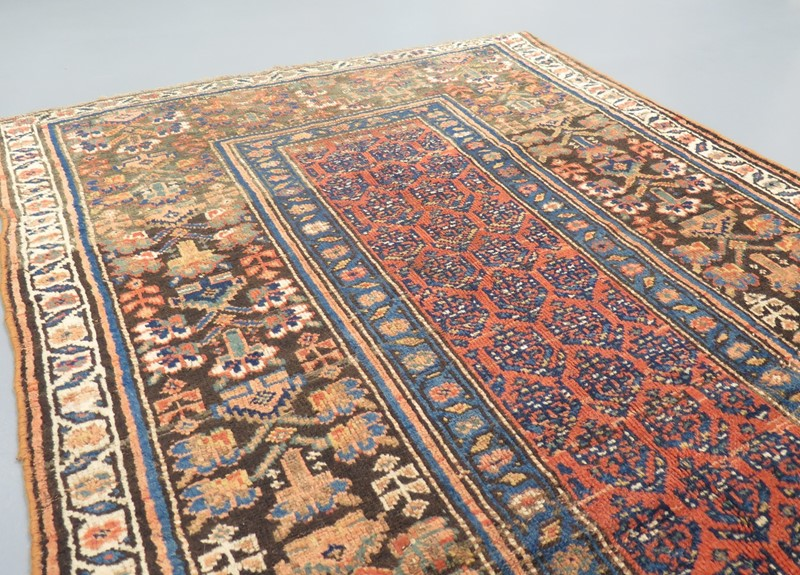 Attractive 19th century North West Persian rug-gallery-yacou-88432--4-main-637096808770127970.JPG