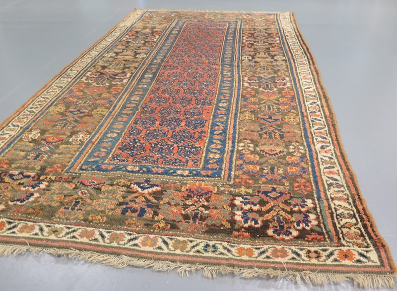 Attractive 19th century North West Persian rug-gallery-yacou-88432-main-637096808900127503.JPG