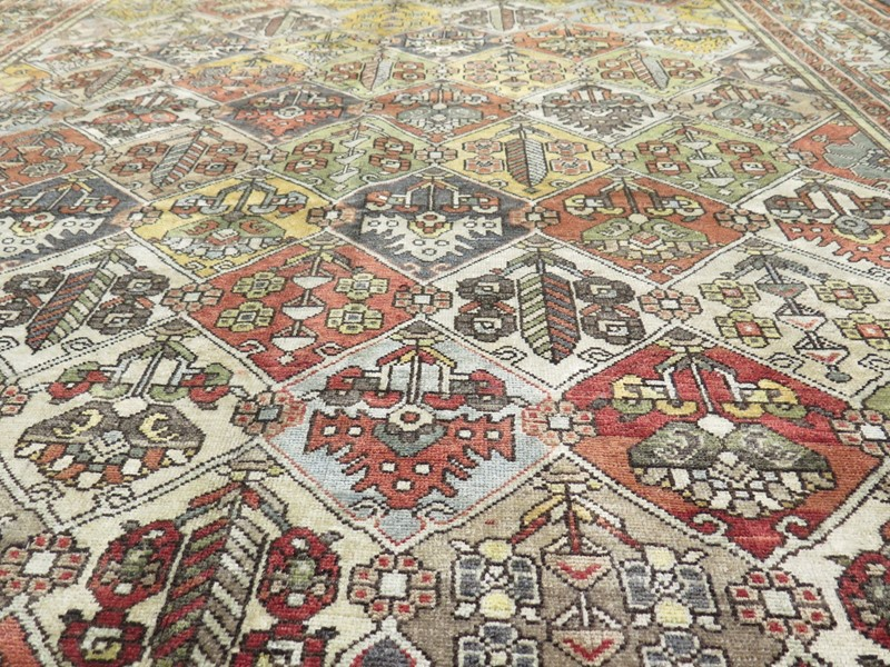 Unusual antique Baktiar carpet-gallery-yacou-a24977--5-main-637038895843470320.JPG