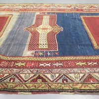 Striking Caucasian Shirvan rug