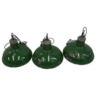 Set of 3 Enamel Industrial Lights