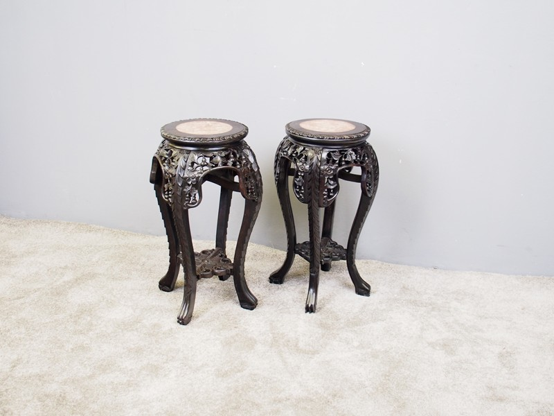 Pair of Neat Chinese Rosewood Plant Stands-georgian-antiques-P1010060-main-636734630166313644.JPG