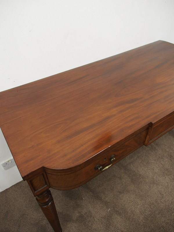 George III Mahogany Hall Table-georgian-antiques-P1015321-main-636589600389889651.JPG