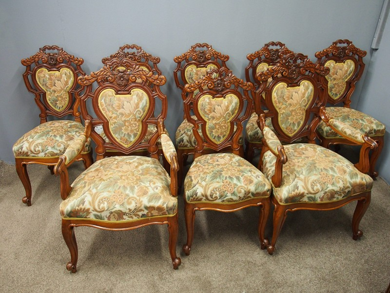 Set of 8 Carved Walnut Dining Chairs-georgian-antiques-P6250317-main-636661354719913999.JPG