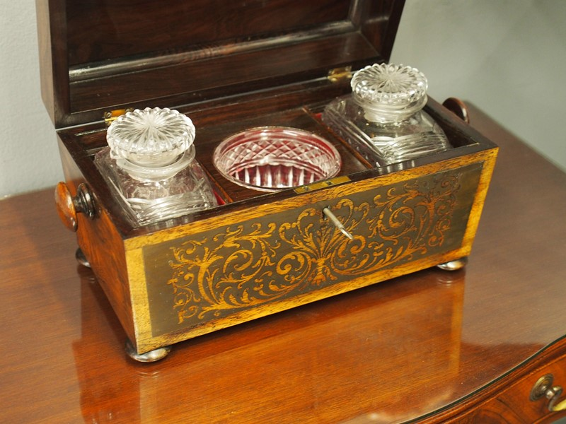 Brass Inlaid Rosewood Tea Caddy-georgian-antiques-p1010994-main-637018135382671694.JPG