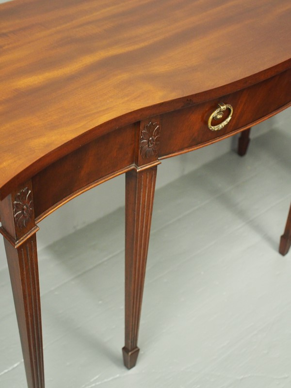 Adams Style Serpentine Mahogany Hall Table-georgian-antiques-p1013176-main-637049184710931663.JPG