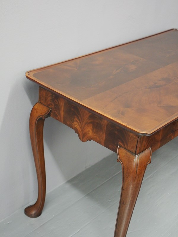 Mahogany Side Table by Whytock and Reid-georgian-antiques-p1013197-main-637085464217063316.JPG
