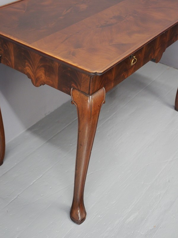Mahogany Side Table by Whytock and Reid-georgian-antiques-p1013198-main-637085464272531772.JPG