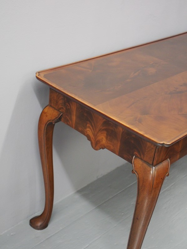 Mahogany Side Table by Whytock and Reid-georgian-antiques-p1013199-main-637085464331750582.JPG
