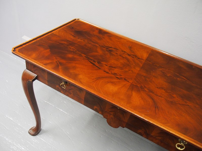 Mahogany Side Table by Whytock and Reid-georgian-antiques-p1013204-main-637085464607229981.JPG