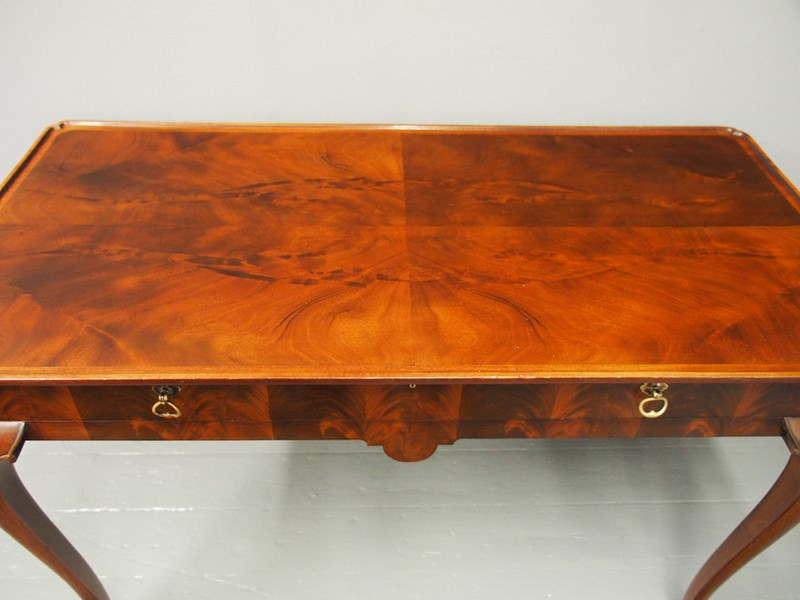 Mahogany Side Table by Whytock and Reid-georgian-antiques-p1013205-main-637085464678479509.JPG
