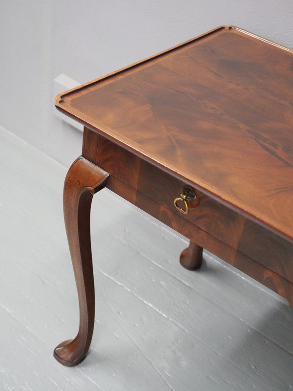 Mahogany Side Table by Whytock and Reid-georgian-antiques-p1013207-main-637085464913333084.JPG