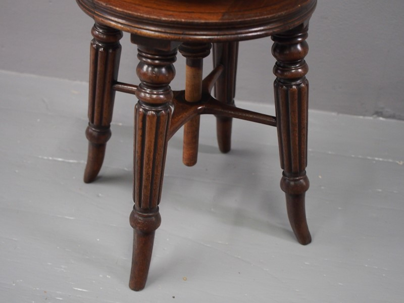 George IV Mahogany Adjustable Piano Stool-georgian-antiques-p1013766-main-637096792334351762.JPG