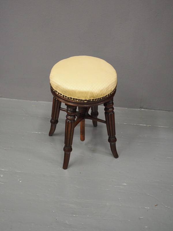 George IV Mahogany Adjustable Piano Stool-georgian-antiques-p1013770-main-637096792617943316.JPG