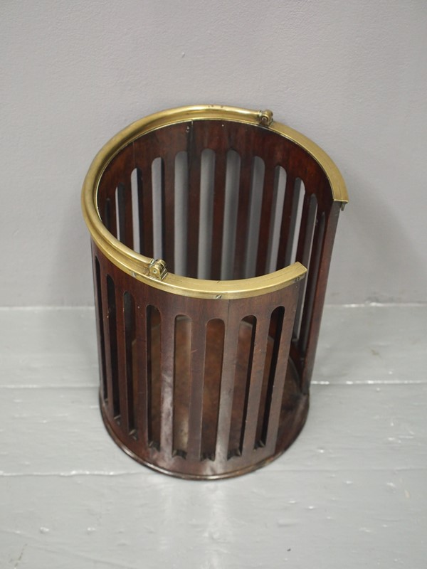 George III Mahogany and Brass Bound Plate Bucket-georgian-antiques-p1015998-main-637073466500737835.JPG
