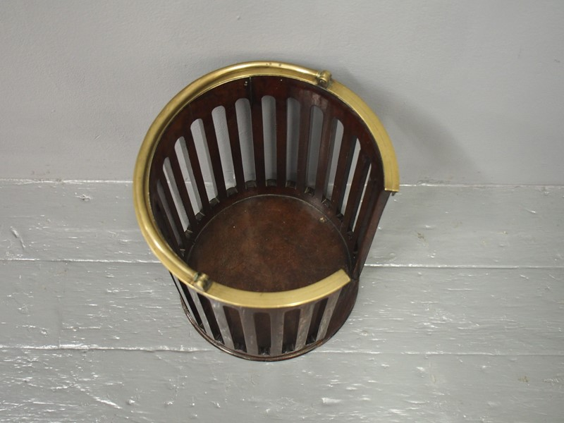 George III Mahogany and Brass Bound Plate Bucket-georgian-antiques-p1016000-main-637073466553393763.JPG