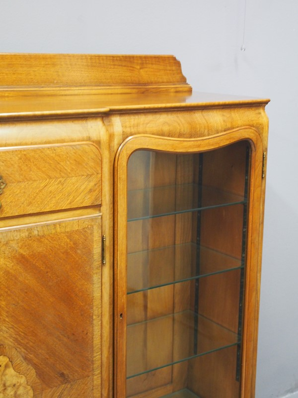 Walnut Display Cabinet by Whytock and Reid-georgian-antiques-p1017060-main-637085472128929154.JPG