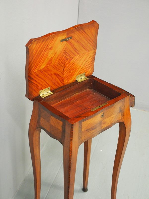 French Kingwood and Tulipwood Occasional Table-georgian-antiques-p2266938-main-637199612857502124.JPG