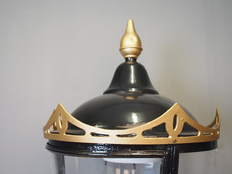 Black and Gold Circular Street Lamp-georgian-antiques-p6120559-main-637315416668579844.JPG