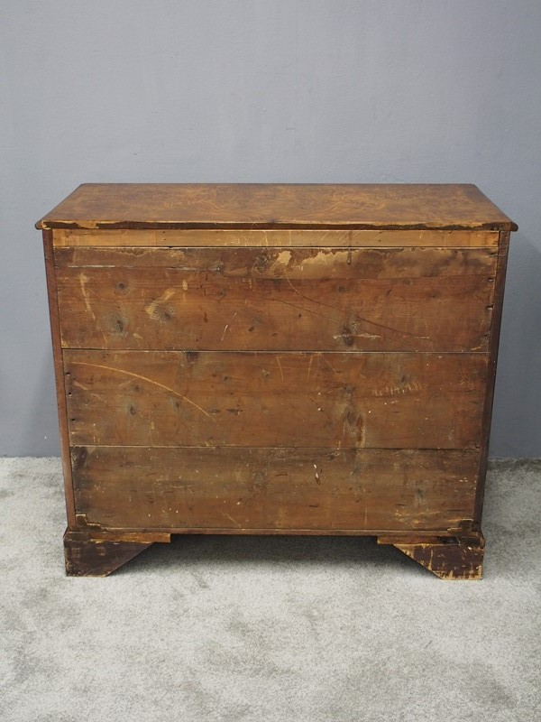 George III Figured Walnut Chest of Drawers-georgian-antiques-p9031616-main-637412377120893578.JPG