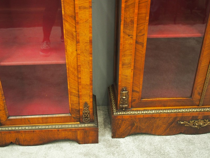 Matched Pair of Victorian Display Cabinets-georgian-antiques-p9152866-main-637412405419064840.JPG