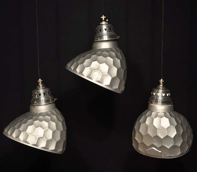 Antique mirrored honeycomb pendant lights x16-haes-antiques-045_main_636456943854436877.JPG