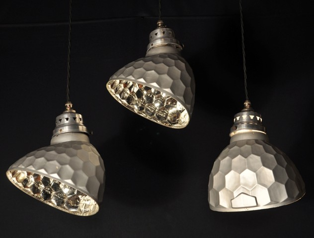 Antique mirrored honeycomb pendant lights x16-haes-antiques-046_main_636456943892658837.JPG