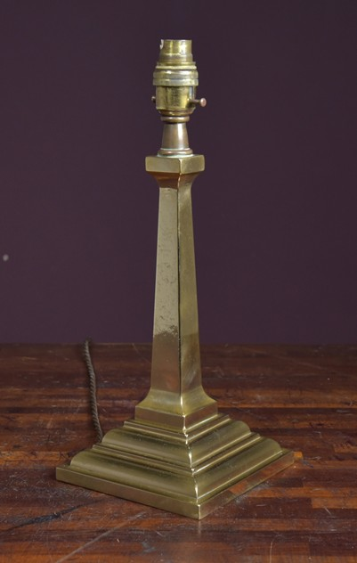 Antique cast bronze desk lamp-haes-antiques-DSC_3257CR_main_636343233235312472.jpg