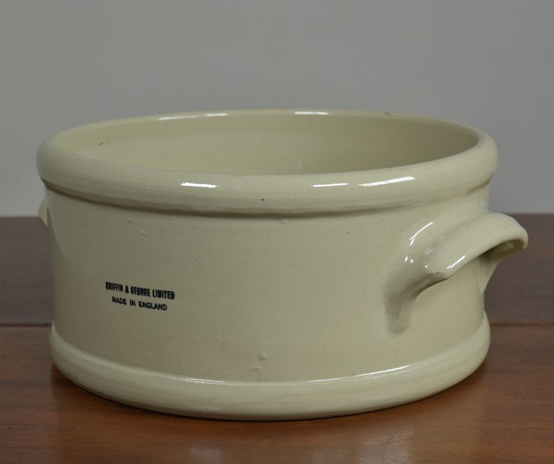 Ceramic laboratory trough / bowl-haes-antiques-dsc-9965cr-fm-main-637088910287779379.jpg