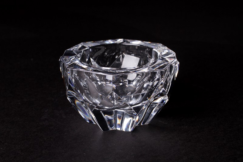 Baccarat Crystal Art glass Dish-house-of-hummingbird-9a424072-677f-40ea-983a-0ad817547fca-main-637456300413470565.jpeg