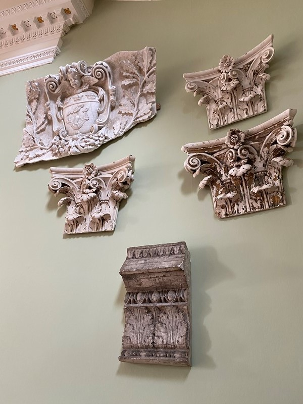 A Collection of 6 Architectural Plaster-hugos-antiques-a5b2d91c-9782-40ec-9d80-b45f4bb033cd-main-637168502782668658.jpeg