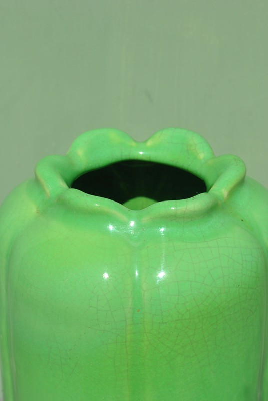 Wilhelm Kage (1889-1960) green vase-inglis-hall-antiques-DSC_0782-main-636656159508513948.JPG