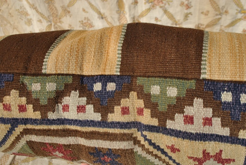 Large hand woven Swedish tapestry cushion-inglis-hall-antiques-dsc-0170-main-637065918396507523.JPG
