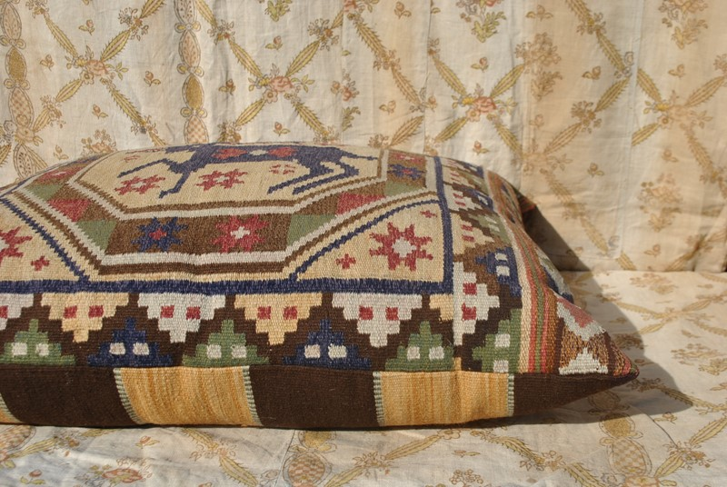 Large hand woven Swedish tapestry cushion-inglis-hall-antiques-dsc-0174-main-637065918432601471.JPG