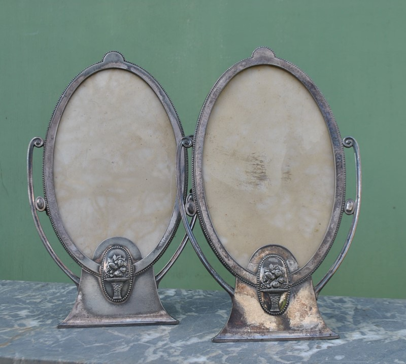 A pair of Art Deco photo frames by WMF-inglis-hall-antiques-dsc-0226-main-636868084094595023.JPG