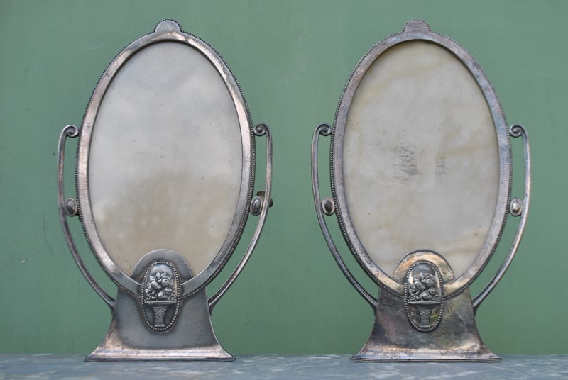 A pair of Art Deco photo frames by WMF-inglis-hall-antiques-dsc-0228-main-636868084108189093.JPG