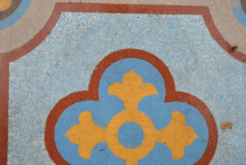 Gothic encaustic floor tiles -inglis-hall-antiques-dsc-0235-main-637084946846585791.JPG