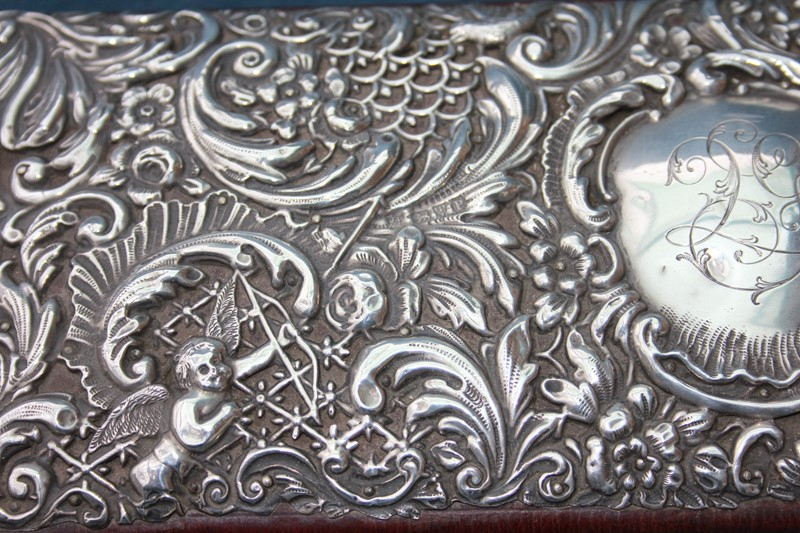 Silver jewellery box -inglis-hall-antiques-img-4434-main-637467491665376864.JPG