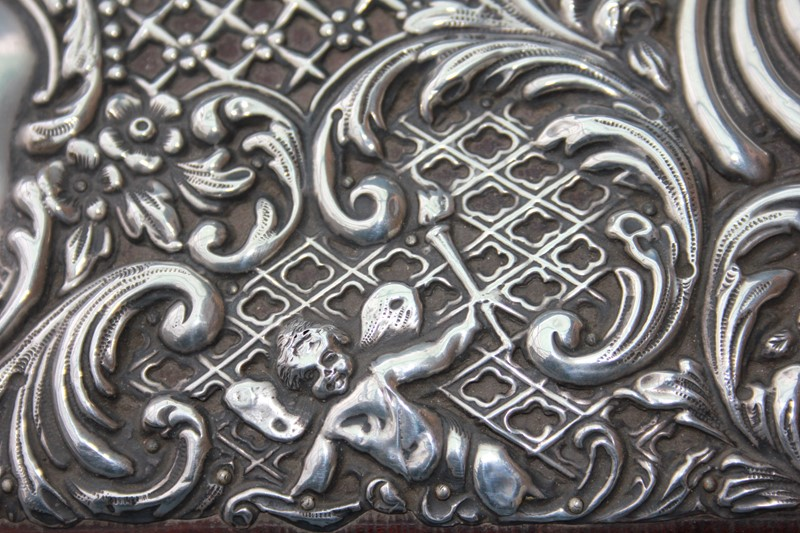 Silver jewellery box -inglis-hall-antiques-img-4440-main-637467490665226438.JPG