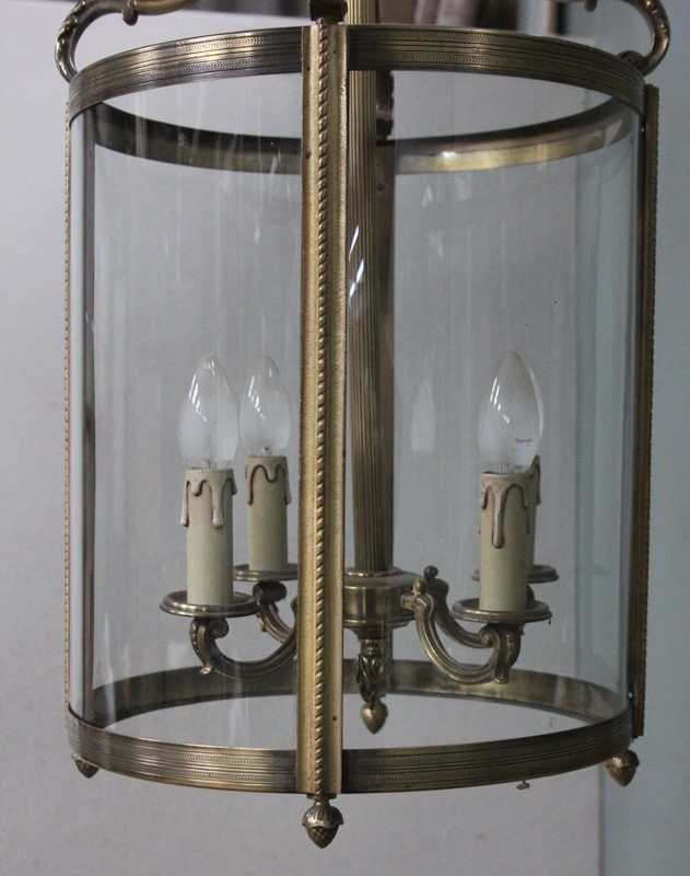 Large hall lantern with curved glass-inglis-hall-antiques-img-5952-main-637507126497187219.JPG