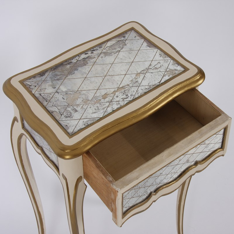 Pair of Italian 1950s Painted and Gilt Side Tables-james-worrall-italiangilttabledetail1-main-637184951190789840.jpg