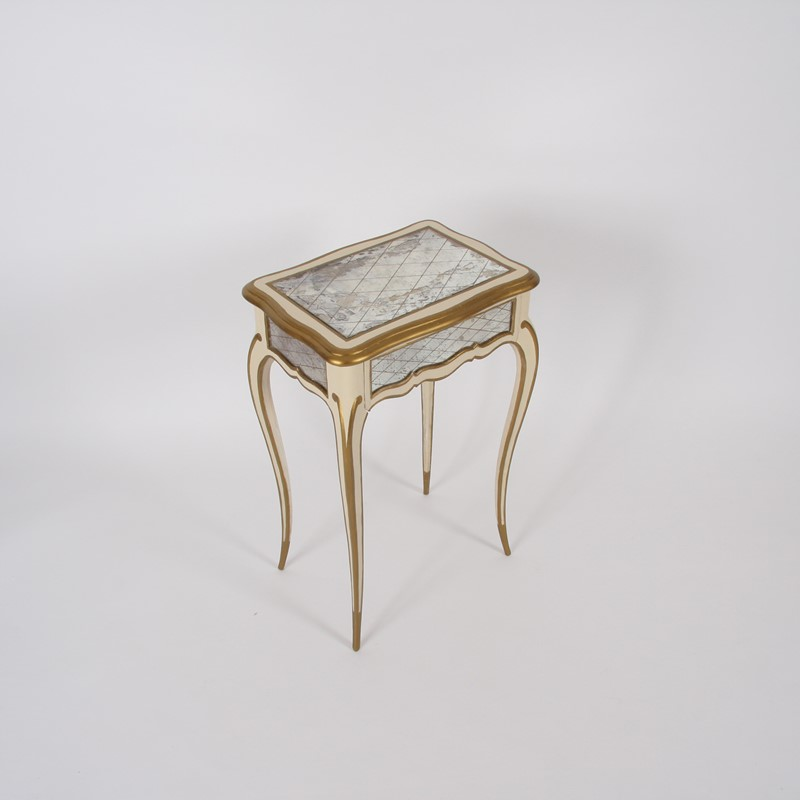 Pair of Italian 1950s Painted and Gilt Side Tables-james-worrall-italiangilttabledetail3-main-637184951220320805.jpg