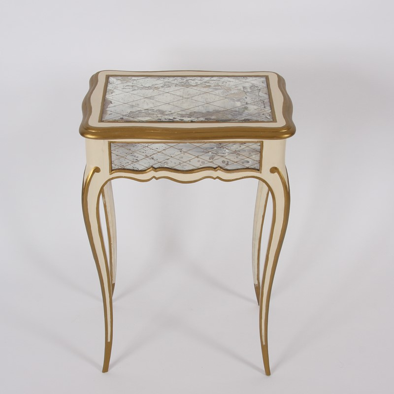 Pair of Italian 1950s Painted and Gilt Side Tables-james-worrall-italiangilttabledetail6-main-637184951263289049.jpg