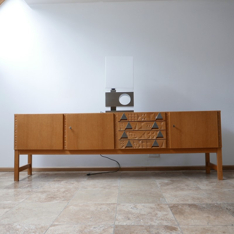 Brutalist Mid-Century Belgium Table Lamp-joseph-berry-interiors-img-1805-1-main-637336120129131840.JPG